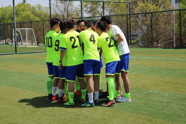 化材学院夺得巢湖学院第十五届汤泉杯五人制足球比赛亚军